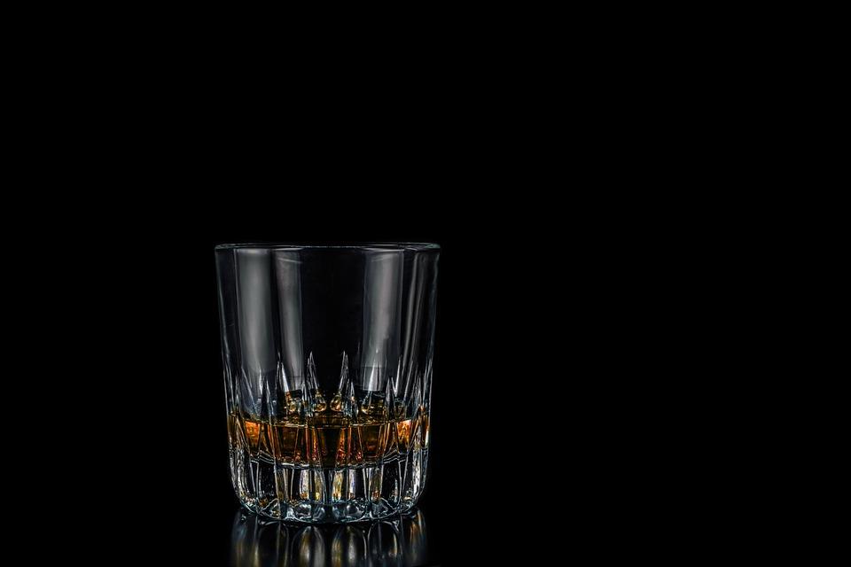 whisky-644372_960_720